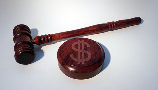 How Do You Pay For Legal Services In A Personal Injury Case?